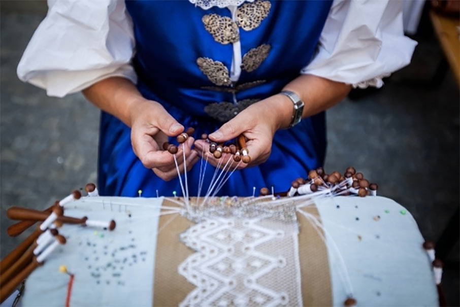 Zakamenné – workshopy tradičných remesiel.