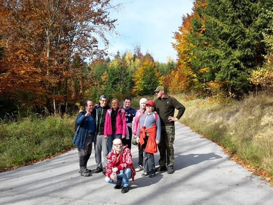 Turistická vychádzka: Prechod Jedľoviny – Stráne